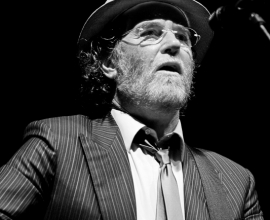 Francesco De Gregori in the concert.