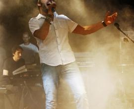 Gio di Tonno in the concert.